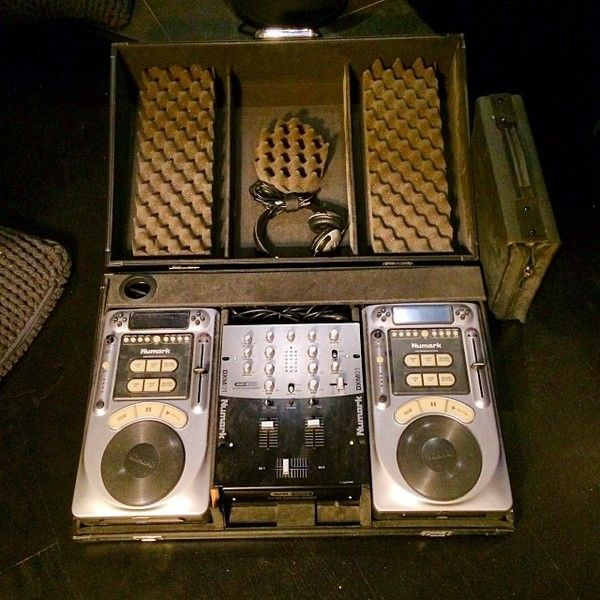 Avicii using Numark DXM01USB DJ Mixer
