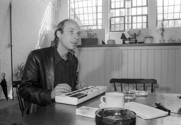 Brian Eno using Casio PT-80