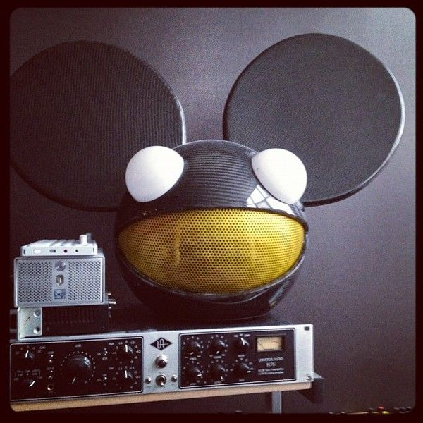 Deadmau5 using Universal Audio 6176 Channel Strip