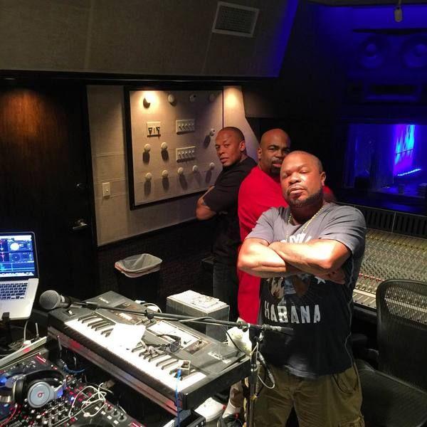 Dr. Dre using Beats By Dr. Dre Pro Headphones Black