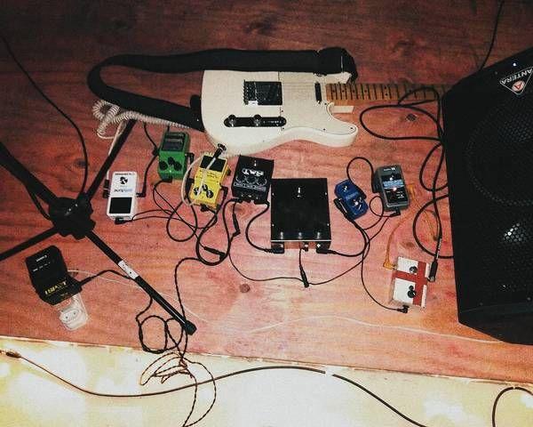 Fernando Motta using Electro-Harmonix Big Muff Pi