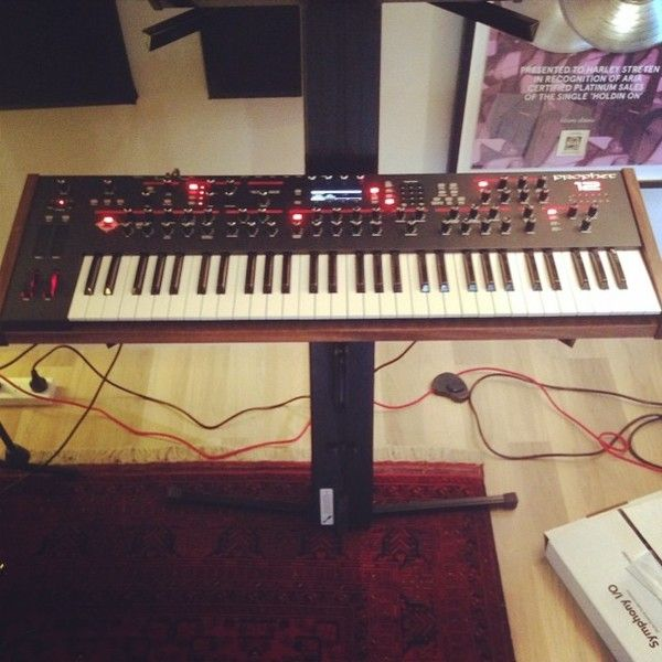 Flume using Dave Smith Instruments Prophet 12