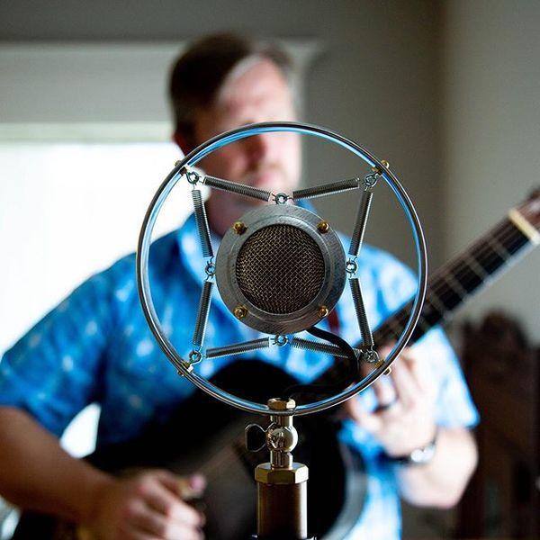Guy Forsyth using Ear Trumpet Labs Myrtle