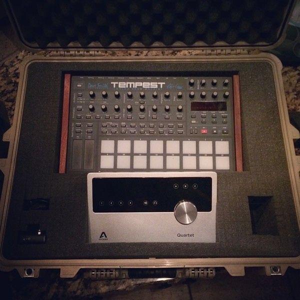 John Mayer using Apogee Quartet Audio Interface