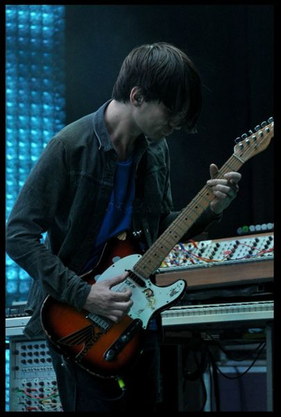 Jonny Greenwood using Dunlop Tortex Standard Guitar Picks 0.88mm