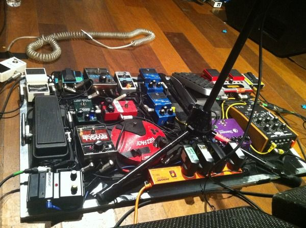 Kevin Parker using Boss AB-2
