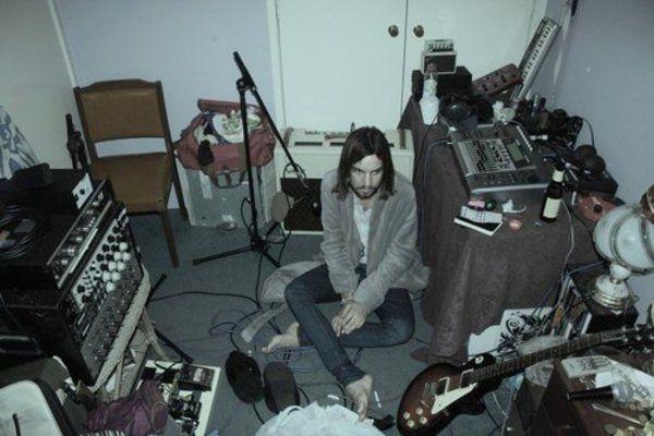 Kevin Parker using Fender Mini Tone-Master Amp