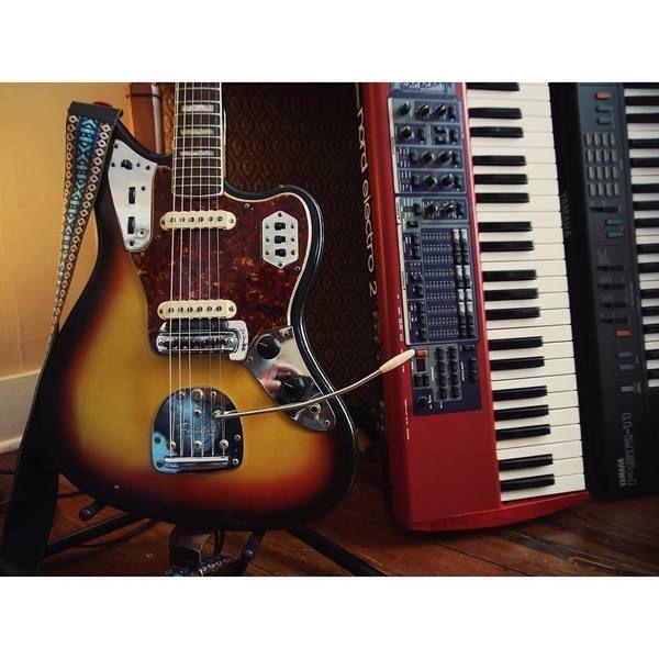 Matt Hoopes using Fender Jaguar Electric Guitar