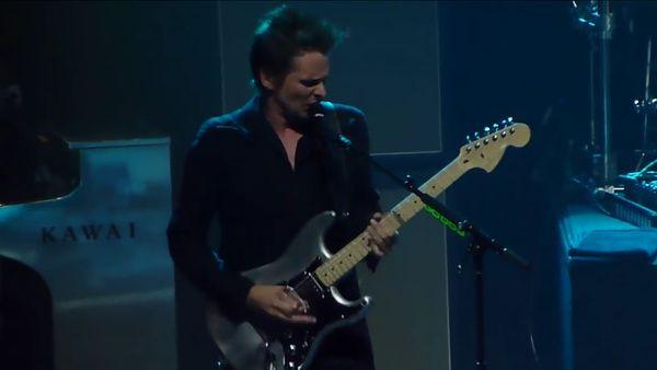 Matthew Bellamy using Fender Aluminium Stratocaster