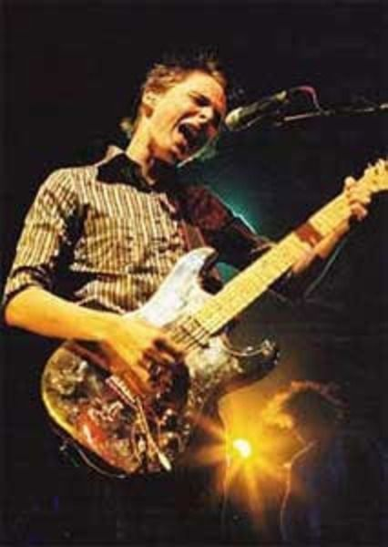 Matthew Bellamy using Fender Freddie Tavares Aloha Stratocaster