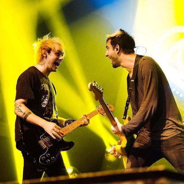Michael Clifford using Fender Classic Series '72 Telecaster Deluxe