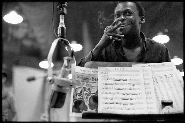 Miles Davis using Neumann M 49