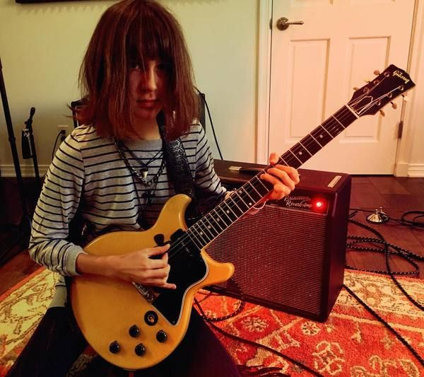 Nicky Renard using Gibson Les Paul Junior Special Double-Cut