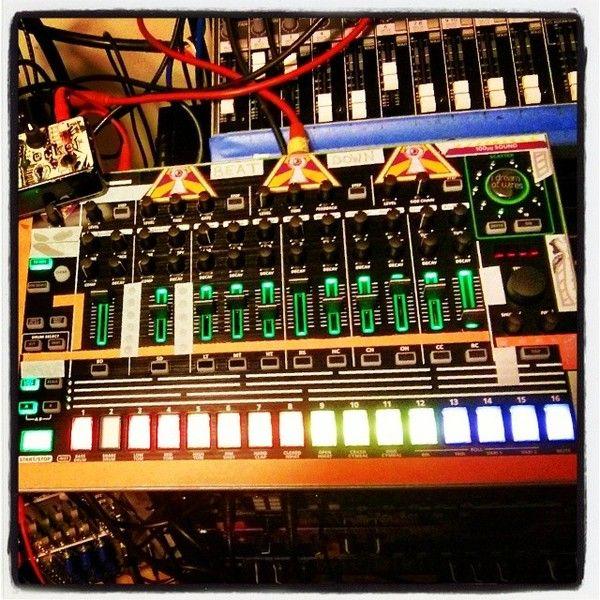 Paul Birken using Roland AIRA TR-8 Drum Machine
