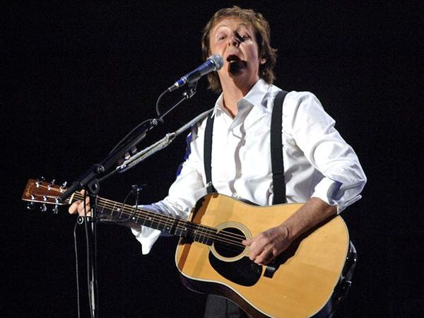 Paul McCartney using Martin D-28