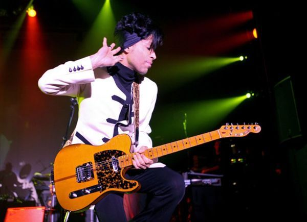 Prince using Hohner Madcat