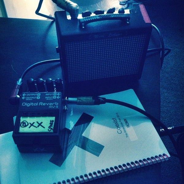 Romy Madley Croft using Boss RV-5 Digital Reverb Effects Pedal
