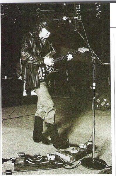 Stevie Ray Vaughan using Dunlop Dallas Arbiter Fuzz Face