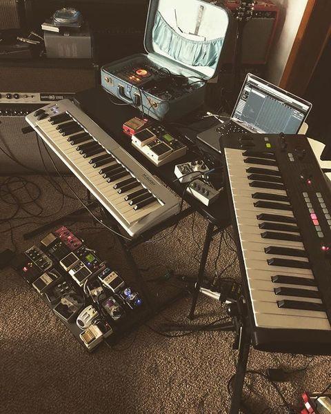Thom Wasluck using M-Audio Keystation 49es MIDI Controller